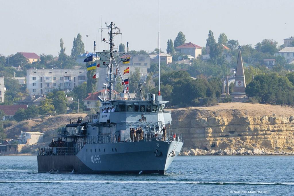 FGS ROTTWEIL pulling into Sevastopol