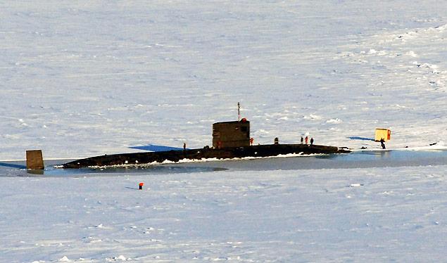 T boat in ice