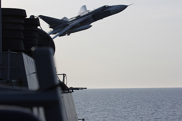 Russian jets buzz USS Donald Cook